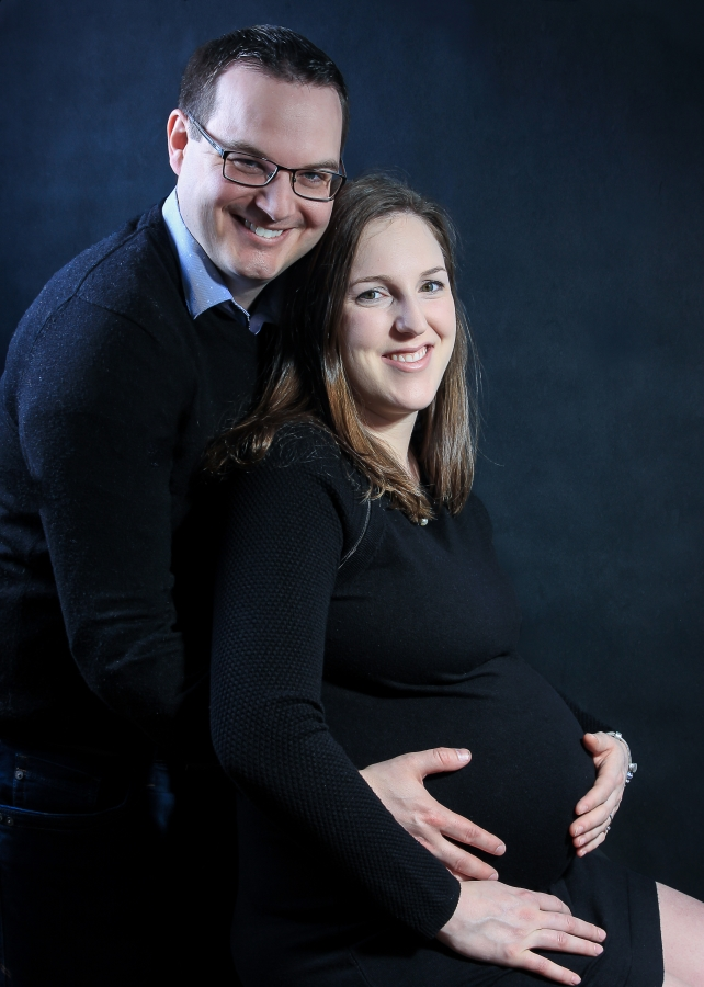 Maternity and family photo shoot in Tooting Bec with lovely family