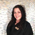 Lisa, Guest services expert