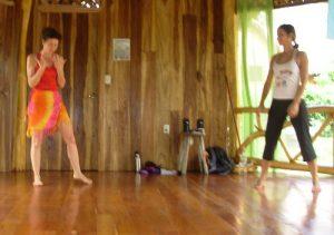 Tina-teaching-Nia-in-Costa-Rica