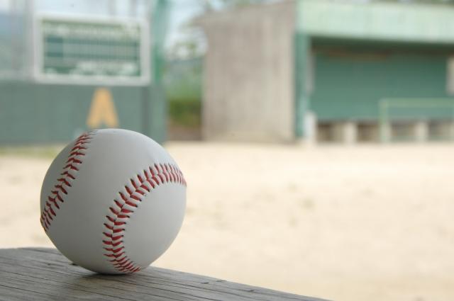 野球場とボール