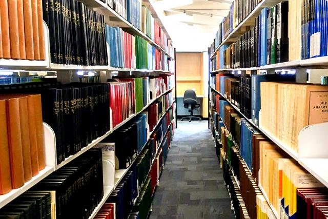 大学の図書館