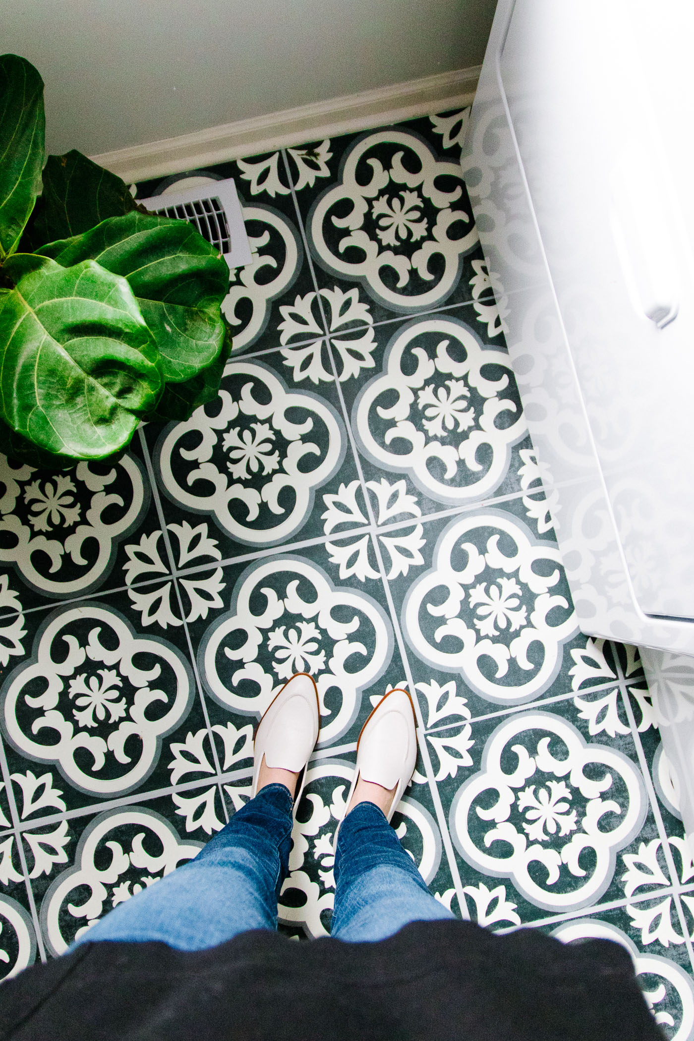 our new laundry room flooring