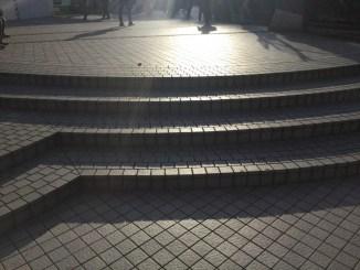 新宿ステーションスクエア前