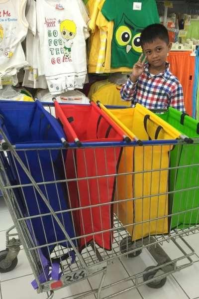 Mulai Peduli Lingkungan dengan Tas Belanja