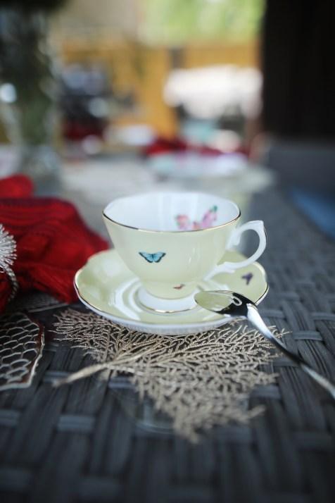 ROYAL ALBERT MIRANDA KERR - FRIENDSHIP DINNERWARE Set/4 Assorted Designs Teacups & Saucers, 110ml