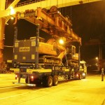 namsung shipping load excavators on super rack - Some unusual and different container types