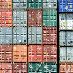 container loading - Why do containers get stowed and discharged incorrectly..??