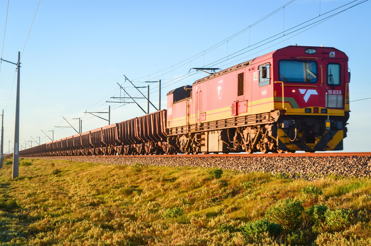 transnet freight rail manganese train - shipping and freight resource