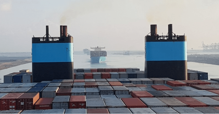 Maersk pilots carbon-netural shipping