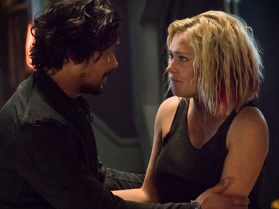 Bellamy and Clarke in The 100