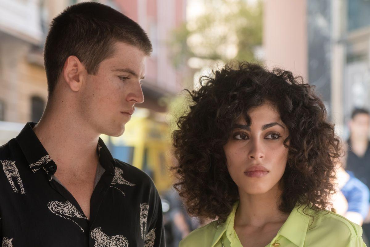 Guzman and Nadia in Elite