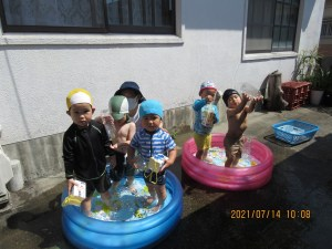水遊びはとにかく楽しい!
