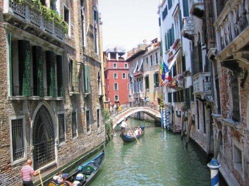 Venice, Italy Copyright 2006 Shirley  Sorbello