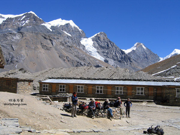 Annapurna Circuit Trek (photo by Ed, 2004)