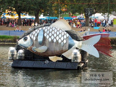 Fish Boat on Yarra River, Commonwealth Games, Melbourne, 2006