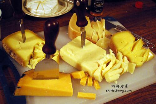 只是cheese就有五种以上。我只是吃,也真不知它们是什么东东 :)