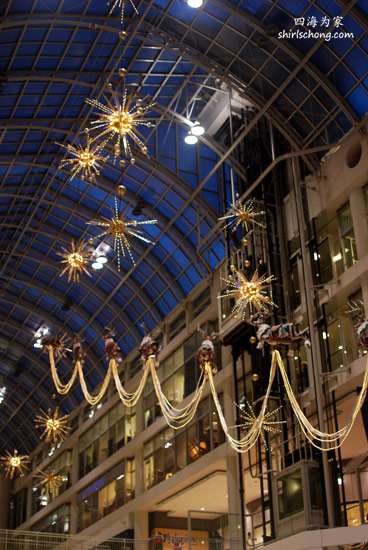 Christmas at Eaton Center, Toronto, Canada