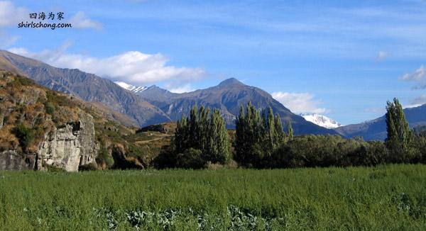 希望我们旅行时,也努力环保。好让我们世代子孙都有机会看到我们现在有福享受的美景。 (纽西兰南岛西岸)