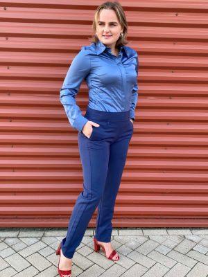Blauwe broek Dona met ShirlZ Blouse blauw