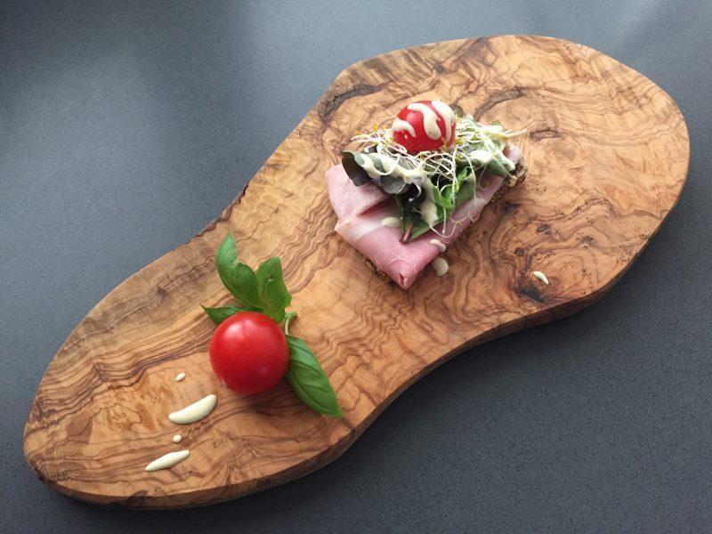 Notenbrood met ham
