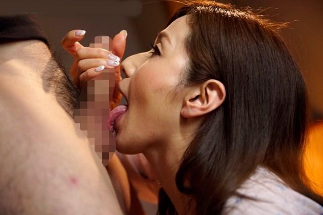白石すみれの舌堪能プレイ5 (1)