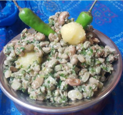 CHAWLI NA DANA NU SHAAK!!! Yardlong beans / Cowpeas made in an Indian way….
