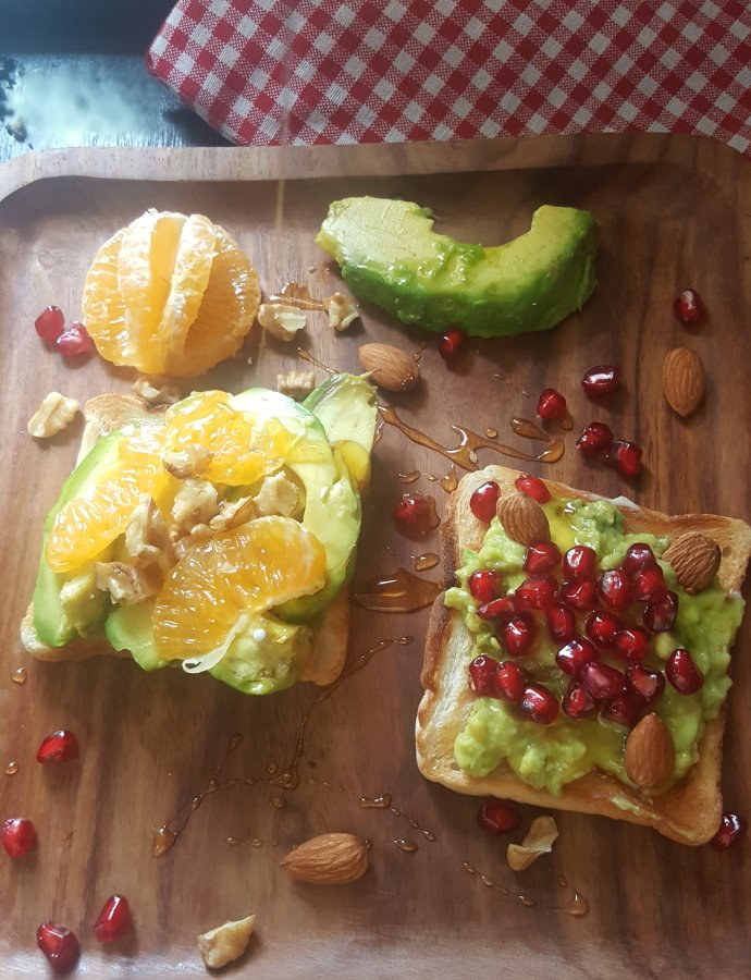 FRUITY AVOCADO TOAST !! Morning Delish