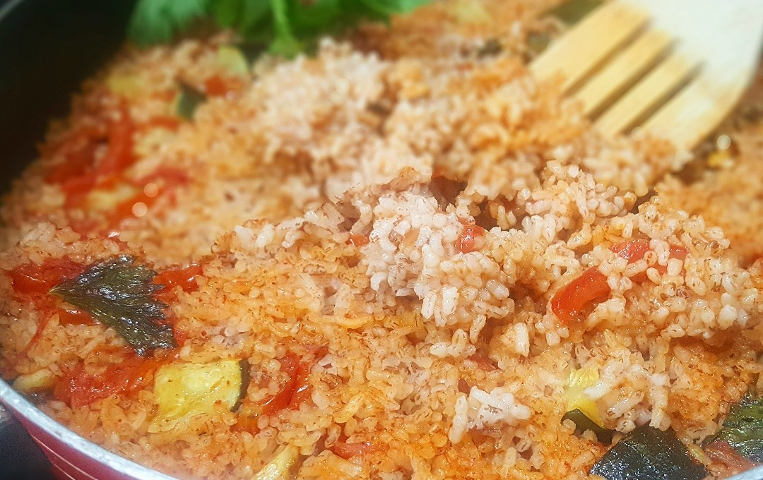 Mediterranean Red Rice !! Lal Bhaat in a different way