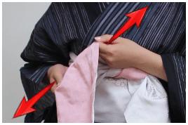 浴衣帯結び方 帯の両端開く2-右2