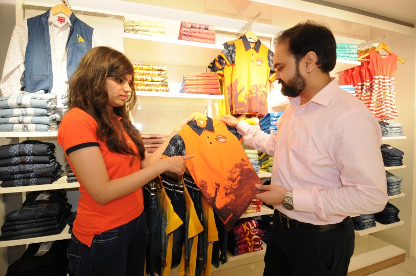 Mr. Mayank Jain, GM, Brand & Media, Monte Carlo with Sales Executive-2