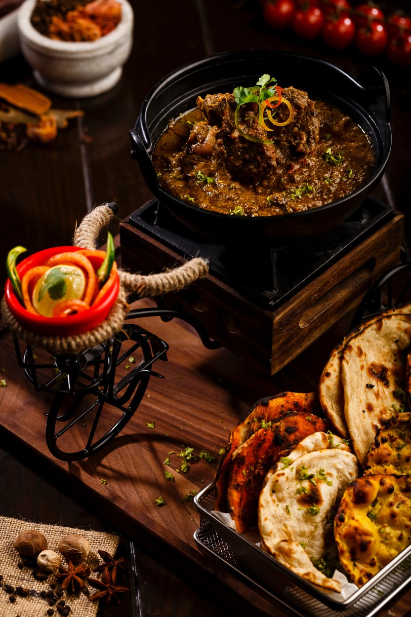 riksha-wala-balti-ghosht-with-assorted-breads