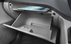 tata-zica-glove-box-tablet-space