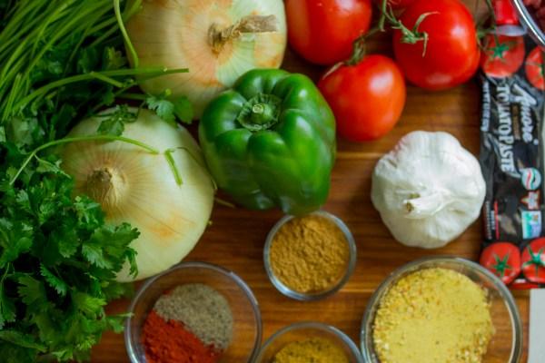 片岡護さんのレシピから海老と豆の前菜。残った海老の煮汁は極上のスープへ変身させる!