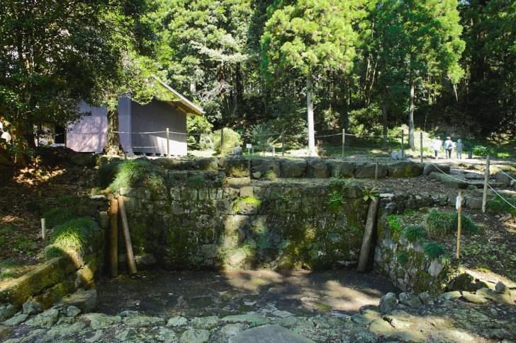 村山浅間神社・水垢離場
