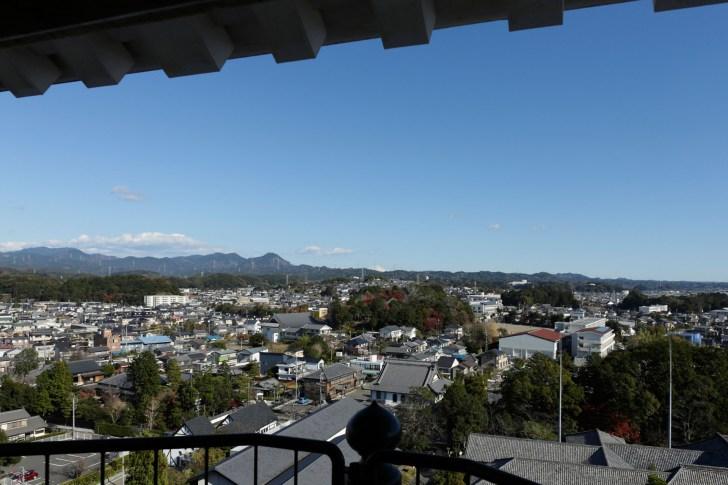 天守最上層から富士山方向の眺め