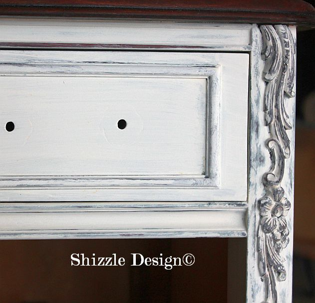 Shizzle Design Michigan #americanpaintcompany white french blue Home Plate Dollar Bill chalk clay paint bedroom vanitiy dreser antique details