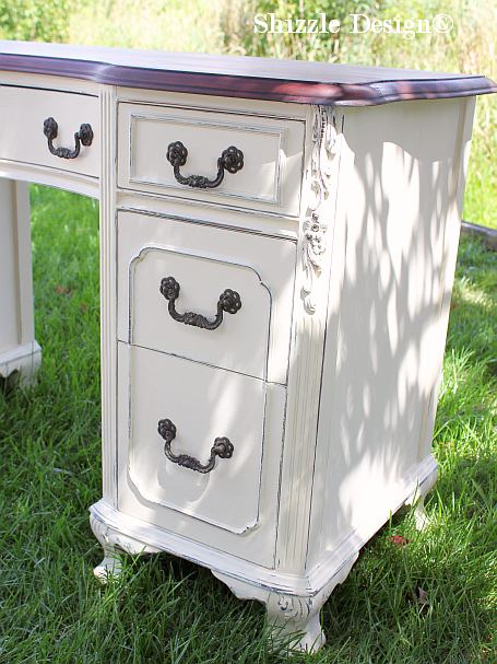 Shizzle Design painted furniture Michigan #americanpaintcompany white Home Plate Dollar Bill Rushmore Heaven's Light chalk clay paint antique vanity desk ideas