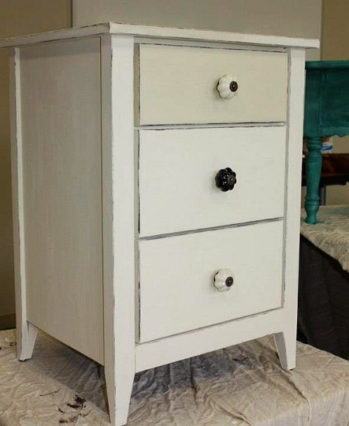 Shizzle Design Furniture Painting Workshop taught at Michigan State University CeCe Caldwell's Chalk Clay Paints ideas colors tables bench end tables tips MSU Omaha Ochre V - Copy