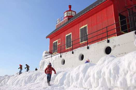 1 Grand Haven Michigan State Park Lake Michigan Ice February 2014  14