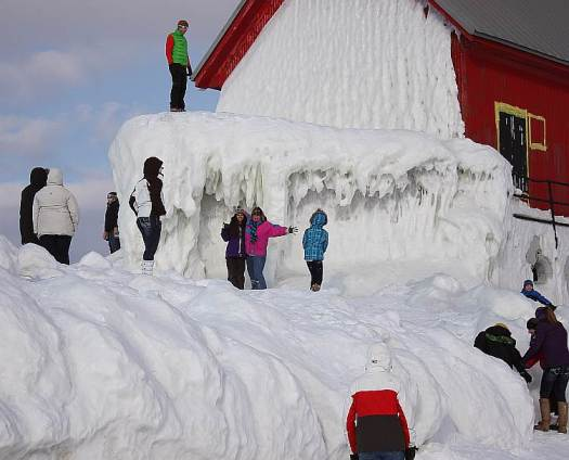 1 Grand Haven Michigan State Park Lake Michigan Ice February 2014  7