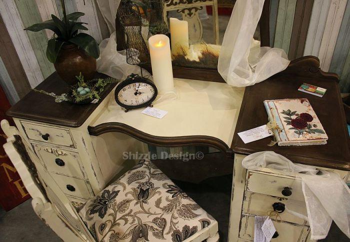vintage cream color vanity shizzle design 2018 chicago drive jenison mi 49428 www.shizzle-design.com 2