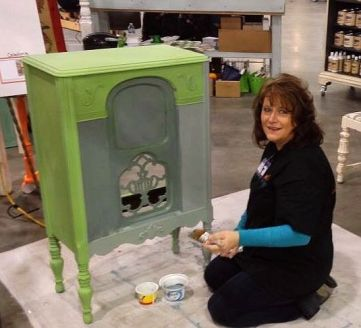 Shizzle Design West Michigan Expo Featured Speaker Painted Furniture chalk clay paint retailer supplies workshops 18