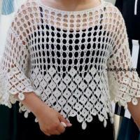 Ажурная блуза с красивой обвязкой крючком