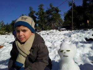 """""""דווקא לכם אני לא נהנה בשלג ואתם לא יכולים להכריח אותי ליהנות!"""""""