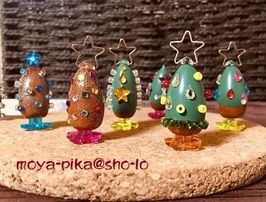 どんぐりのクリスマスツリー