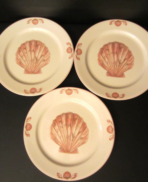 Sango Coquille Shell 3034 Peach Coral With Shell Dinner Plates