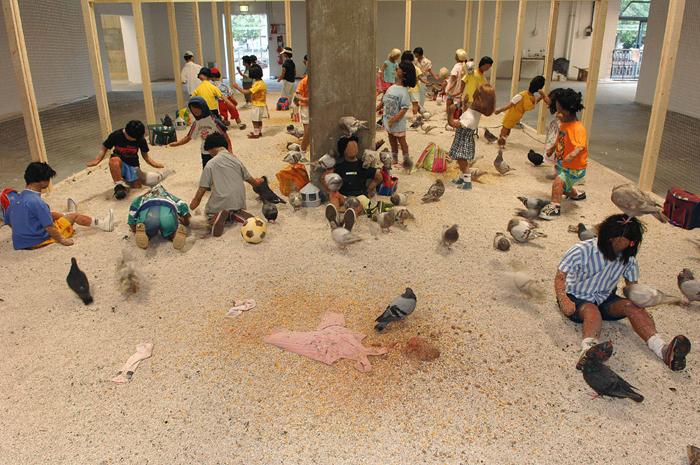 kader-attia-pigeons-enfants-1