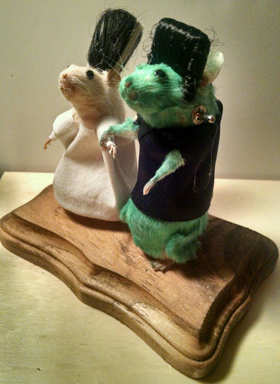 rachel-garcia-souris-walking-dead-zombie-taxidermie-1