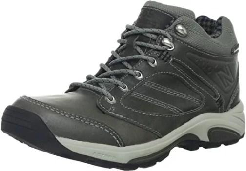 New Balance Women's WW1569 Country Walking Shoe