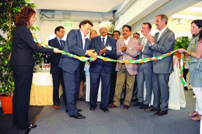 inaugurazione padiglione indiano  78 expo riva schuh exporivaschuh